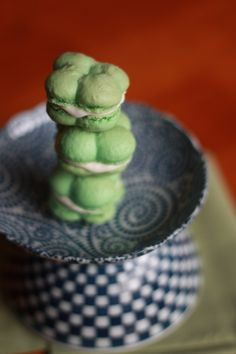 Four Leaf Clover Irish Cream Macarons. Delicious and festive.