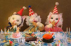 L'amour n'a pas de Dimanche Birthday Greetings, Happy Birthday, Kawaii, Vintage Birthday, Wow Art, Cute Creatures, Clowns, Kitsch, Art Inspo