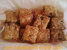 "Granny Swartz"" Oat Squares Baking Cupcakes, Afrikaans, Baking Tips, Raisin, Fudge, Squares, Brownies, Cake Recipes, Biscuits"