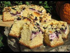 Puszyste ciasto drożdżowe z serem, borówkami i kruszonką - YouTube Banana Bread, Cheesecake, Muffin, Cooking Recipes, Chicken, Meat, Baking, Breakfast, Food