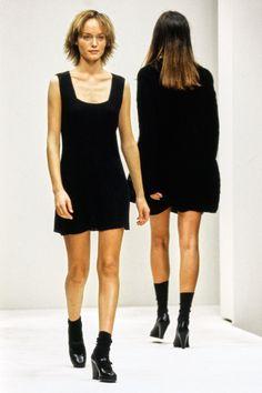 Prada Spring 1994 Ready-to-Wear Fashion Show - Amber Valletta