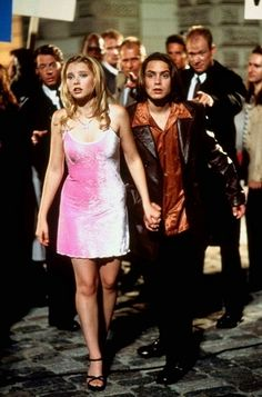 My Date with the Presidents Daughter...such a great DCOM. Is it sad that I thought this bumble gum pink crushed velvet dress was the most amazing thing ever?