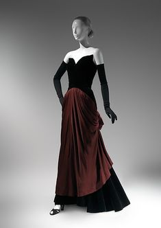 """""""Bustle"""" (image 4) 