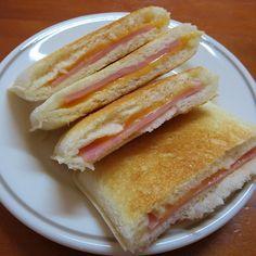 """tkymhdak: """" ランチパック ハム&チーズ をさっとトースト。 #ランチパック """""""