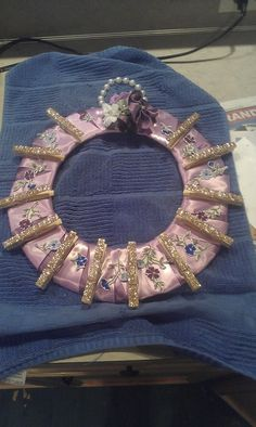 I made this Card wreath for my Aunt... I love it so much! I knda want to keep it! =)