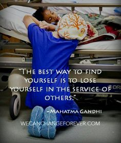 serving others.too many people in this world have a fucked up selfish mentality.life is not always about making your life better individually.that's not how you make a change. That's not how you love.help other people live & love as well. Way Of Life, The Life, Great Quotes, Inspirational Quotes, Funny Quotes, Motivational Quotes, Fit Quotes, Quotes Quotes, Nurse Life