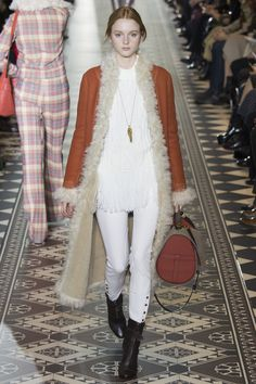 http://www.vogue.com/fashion-shows/fall-2016-ready-to-wear/tory-burch/slideshow/collection
