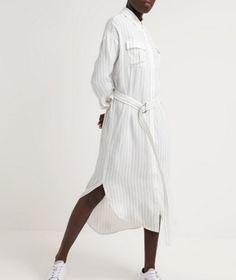 Cameo Collective ON POINT Długa sukienka koszulowa white/black