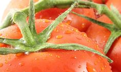 You will need to cut a ripped tomato into two halves and take out the pulp from it. Now apply this pulp on your pimple affected skin area. Leave this pulp on your face for the night and wash it with water the next morning. Doing this will show great improvements on your zits. Moreover, this remedy is quite helpful in reducing the severity of scars formed later.