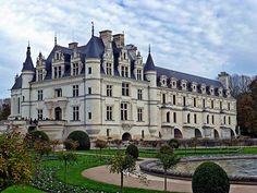 Chateau Chenonceau   http://www.girlstraveltheworld.com