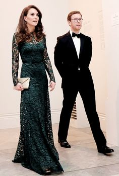 The Duchess with the gallery's director Dr. Nicholas Cullinan.