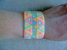 Bracelet manchette en perles Miyuki delica Bracelet fluo triangles indien…