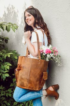 Back to uni in style with gorgeous handmade women's leather backpacks, satchels, totes, laptop bags. Bags as individual as you. University Bag, University Style, Uni Bag, Back To Uni, Student Discounts, Best Bags, Laptop Bag, Leather Backpack, Students