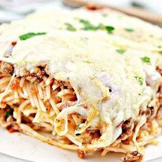 Spaghetti Bake, Baked Cream Cheese Spaghetti, Spaghetti Noodles, 9x13 Baking Dish, Italian Seasoning, Weeknight Meals, Serving Size, Great Recipes, Stuffed Peppers
