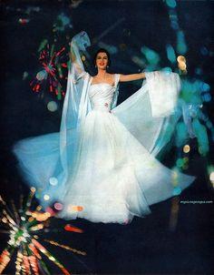flowy wedding gown 1957
