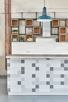 Image 15 of 20 from gallery of Fairphone Head Office in Amsterdam / Melinda Delst Interior Design. Photograph by James Stokes Photography Kitchen Wall Cabinets, Kitchen Cabinet Design, Kitchen Shelves, Kitchen Interior, Kitchen Island, Kitchen Dinning, Kitchen Decor, Dining, Workplace Design