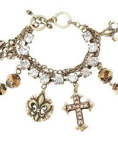 M&F Western Multi Chain Charm Bracelet #accessories  #jewelry  #bracelets  https://www.heeyy.com/suggests/mf-western-multi-chain-charm-bracelet-gold/
