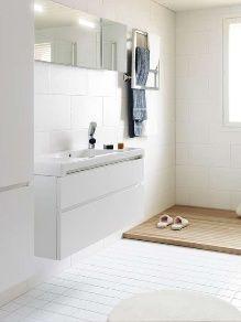 Vetimettömät IDO Seven D -sarjan kalusteet ovat todellisia tilaihmeitä - allaskaappi antaa lisää kaivattua säilytystilaa pieneenkin kylpyhuoneeseen.