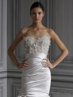 Bridal Gowns: Monique Lhuillier Mermaid Wedding Dress with Strapless Neckline and Waistline    THIS IS THE DRESS