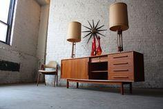 Mid Century Modern furniture in Chicago