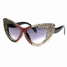2018 Oversize Cat Eye Sunglasses Women Brand Designer Luxury gradient diamond Sun Glasses For Ladies Oculos De Sol Feminino Round Lens Sunglasses, Cute Sunglasses, Cat Eye Sunglasses, Sunglasses Women, Vintage Sunglasses, Summer Sunglasses, Luxury Sunglasses, Fake Glasses, Glasses Frames