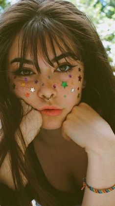Why do you have stickers on your face? He asked me. I turned to him placi Music Festival Makeup asked Face placi stickers turned Beauty Makeup, Eye Makeup, Hair Makeup, Retro Makeup, Face Makeup Art, Angel Makeup, Aesthetic Makeup, Aesthetic Girl, Face Aesthetic