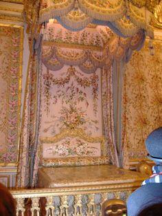 Queen's bedroom, Versailles