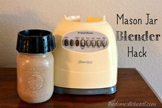 Mason Jar Blender Hack {aka DIY Magic Bullet} - I'm excited to share a quick trick for making your own DIY magic bullet (if you don't know, a Magic Bullet is a… Mason Jar Projects, Mason Jar Crafts, Mason Jars, Hacks Diy, Food Hacks, Single Serve Blenders, Magic Bullet, Kitchen Hacks, Kitchen Gadgets