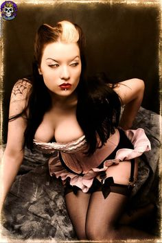 Dahlia Dark #goth #pinup #fetish  http://pinterest.com/balsagoth74/rockers-goth-and-inked-beautys/