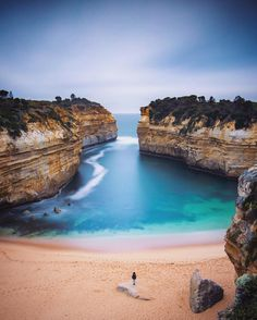 Coziest Beach I've ever seen. Loch Ard Gorge in Victoria, Australia. Outback Australia, Visit Australia, Melbourne Australia, Australia Travel, Australia Funny, Western Australia, Vacation Places, Vacation Trips, Dream Vacations
