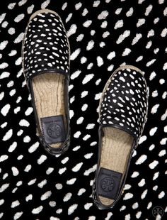A city-friendly take on the quintessential beach shoe | Tory Burch Pre-Fall 2014