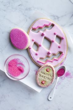 Pretty in pink Easter cookies