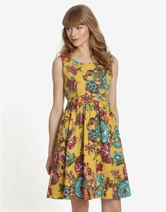 Joules MAUDE Womens Floral Print Dress, Sunflor. Made to make any Summer soiree a much more stylish affair, this fantastically flattering floral dress will become a great go-to as the temperatures rises.
