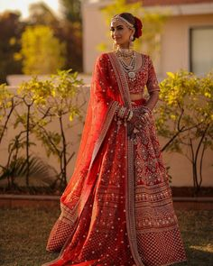 Indian Wedding Gowns, Indian Bridal Outfits, Indian Bridal Lehenga, Indian Dresses, Wedding Lenghas, Bridal Dresses, Dulhan Dress, Bridal Lehenga Collection, Lehenga Designs
