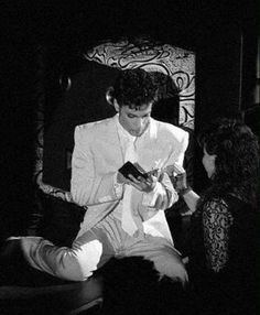 Prince - Under The Cherry Moon Movie Premiere Concert - July 1986 Prince And Mayte, Royal Prince, Prince Paisley Park, Keep Dreaming, Prince Of Peace, Guitar For Beginners, Roger Nelson, Prince Rogers Nelson, Being Good
