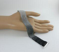 Peyote bracelet, seed beads bracelet, peyote bead bracelet, flat peyote bracelet, black and silver seed beads bracelet
