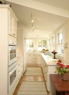 white appliances with cream cabinets