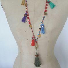 Oggi mi sono ispirata a Frida khalo per realizzare questa collana super colorata...summer edition 2017