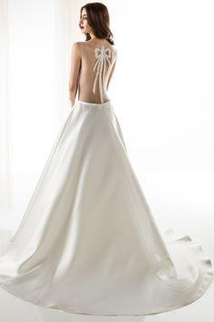 #JIOULI_Bridal  2019 s/s Collection #bridal #bridal_wear #marriage #bride #wedding #wedding_dress www.Jiouli.com Bridal Collection, One Shoulder Wedding Dress, Marriage, Bride, Boho, Wedding Dresses, Fashion, Valentines Day Weddings, Wedding Bride