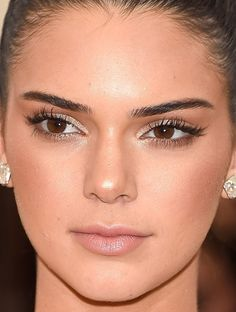 Close-up of Kendall Jenner at the 2016 Met Gala. http://beautyeditor.ca/2016/05/05/met-gala-2016