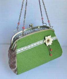 El primer bolso de Dumont Joyas. The first Dumont Joyas´ handbag.
