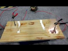 Lichtenberg Burning a Wood Crate - Pyrography with Electricity - YouTube