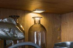 kuchyňa: Iris vyhotovenie: Biela Vysoký Lesk / Perla Šedá Vysoký Lesk / Dub Arlington Mason Jar Lamp, Arctic, Table Lamp, Home Decor, Table Lamps, Decoration Home, Room Decor, Home Interior Design, Lamp Table