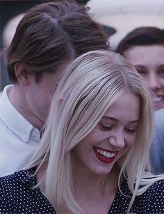 Skam Noora And William, William Skam, Noora Style, Skam Aesthetic, Noora Skam, Meeting Of The Minds, Cute Girl Photo, Cute Relationships, Famous Women