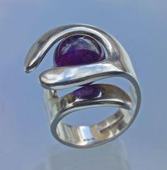 Elis Kauppi for Kupittaan Kulta,Vintage modernist silver ring with amethyst, 1976. | #sold at Tadema Gallery