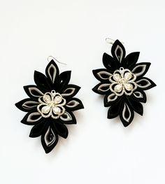 Kanzashi earrings by LenajewelleryDesign on Etsy