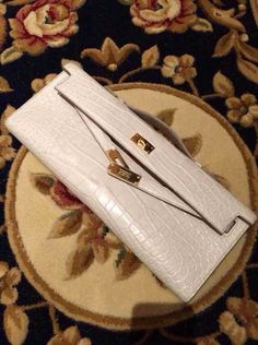 We only offer high quality and high-end handmade genuine crocodile leather purses and alligator leather pursesto our customers. Hermes Bags, Hermes Handbags, Burberry Handbags, Black Handbags, Purses And Handbags, Hermes Kelly Bag, Chanel Bags, Women's Crossbody Purse, Tote Bag