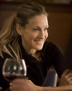 Sarah Jessica Parker...idk why people think she is so unattractive. shes beautiful and real!