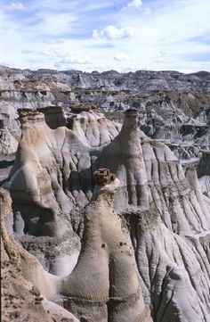 North Dakota Badlands | Oakview Cottage: The Badlands of North Dakota, USA. The North Dakota Badlands is something that if your in North Dakota you will need to see. The Badlands is made of many layers of rock. These rock formations took millions of years to form.
