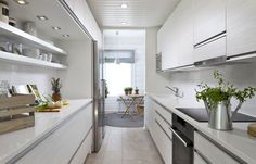 Corridor kitchen, although should be wider. Bright and serene. Talvipalatsi - Mammuttikoti